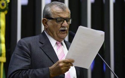 Deputado Adalberto Cavalcanti é denunciado pela PGR