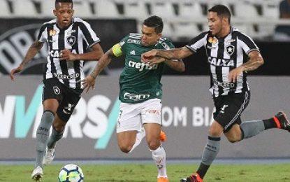 Série A: Palmeiras fica só no empata com o Botafogo fora de casa na estreia da competição