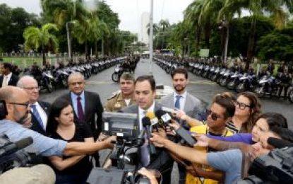 Governado Paulo Câmara entrega de 165 motos à Polícia Militar