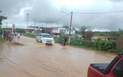 Belmonte: Chuvas no sertão continuam e sertanejos agradecem
