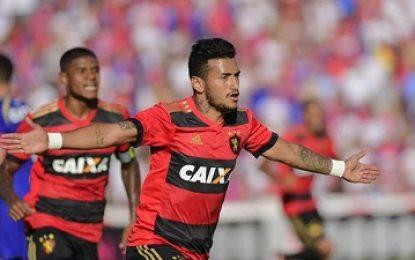 Fora de casa, Sport bate o Paraná Clube e vence a primeira no Brasileirão