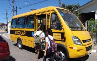 """Flores: Denúncia de falta de transporte é """"inverdade"""", diz Prefeitura"""