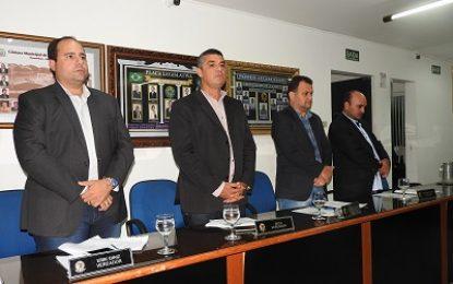 Belmonte: Vereadores aprovam contas do ex-prefeito Rogério Leão, relativas ao ano de 2011