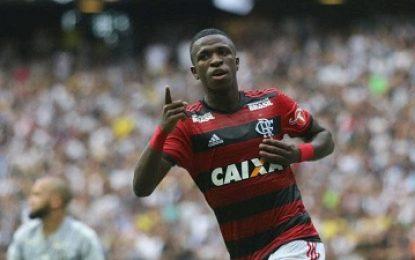 Série A: Flamengo vence Ceará, Corinthians perde para Atlético-MG, e perde a liderança também