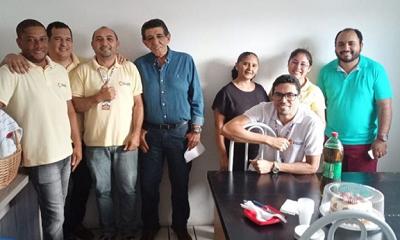 Argemiro Pereira comemorou aniversário há três dias com equipe da Cultura FM. Foto de Anderson Tennens/Instagram